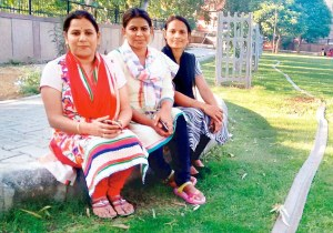 2D17A95800000578-3259808-Neelam_Gulshan_and_Poonam_are_the_coordinators_of_the_ongoing_tr-m-20_1443998204384